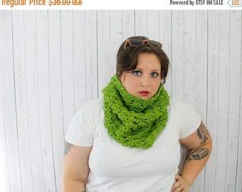 BTS Sale The Bailey Cowl Scarf, Crochet Hooded Cowl, Crochet Cowl, Hooded Cowl in Guacamole Green, Soft Acrylic