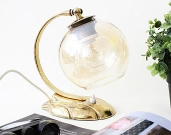 Vintage Lighting - 1930 Art Deco Lamp. Small Bedside Table Lamp with transparent Glass Lampshade, Brass Base
