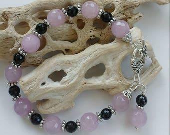 Lavendar Jade/ Black Onyx Bracelet