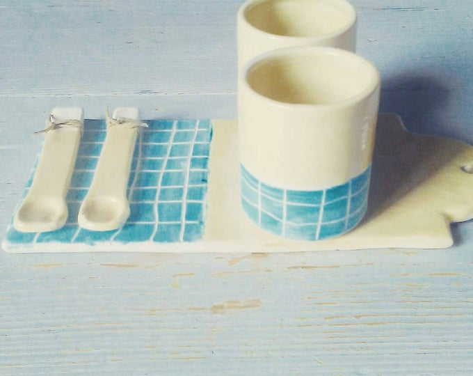 Set Cup spoon and cutting board white turquoise Plaid
