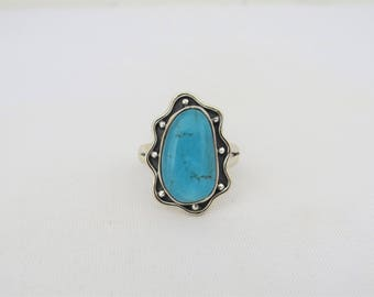 Vintage Artisan Sterling Silver Turquoise Ring Size 9