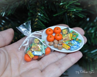 Miniature chocolate candy Gift Christmas Dollhouse Food