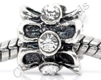 1 metal and white rhinestone flower charm bead compatible pandor chamili