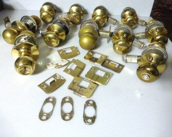110717bx6 vintage brass door knobs lot of door knobs hardware antique door solid brass