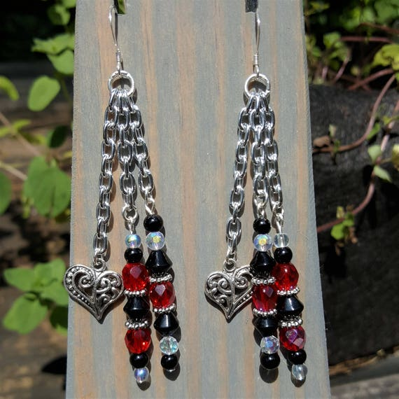Hearts & Chains Earrings