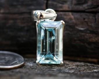 Aquamarine pendant ~ Aquamarine and Sterling Silver pendant ~ Aquamarine March birthstone - Aquamarine Pendant - Aquamarine Necklace