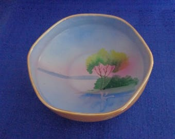 Gold Castle ChikUSA Handpainted Bowl,Made in Japan