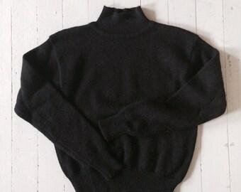 Black Wool Turtleneck Sweater, 80's Meister 100% wool, Great Vintage Shape, Mock Neck, T Neck, Long Sleeve