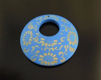 1 X large 48mm blue round wooden pendant