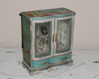 Musical Jewelry Box, Shabby Chic Jewelry Box, Vintage Jewelry Box, Shabby Chic Box, Jewelry Box, Music Box, Jewelry Storage, Jewelry Armoire
