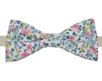Bow tie floral pink and green with straight edges