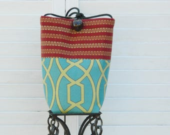 Simple and True Artisan Pouch....