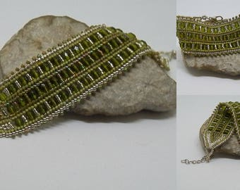 Bohemian green and silver beads and seed beads woven bracelet