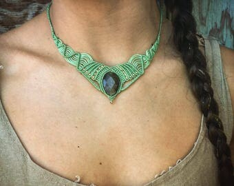 Green Choker Collar Labradorite Necklace - Macrame Necklace - gypsy Jewelry - Tribal Necklace - Bohemian Necklace
