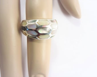 Vintage Sterling Honeycomb Mother of Pearl Inlaid Ring Size 5.75