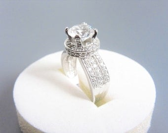 Vintage Sterling Cubic Zirconia Halo Ring Size 6