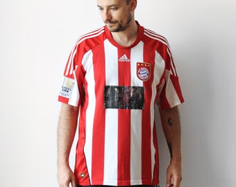Adidas FC Bayern Munchen striped tshirt / Thomas Muller home football soccer Jersey / Bundes Liga t-shirt tee shirt / 2009-2010 L XL