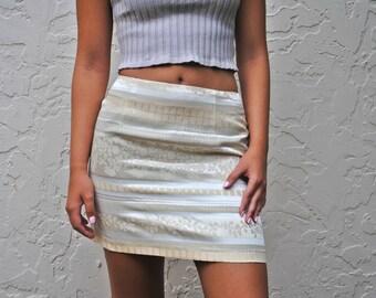 Periwing Asian Mini Pencil Skirt