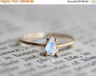 ON SALE 14K Moonstone Pear Ring, Solitaire Pear Ring, Faceted Pear Moonstone, Teardrop, Moonstone Engagement Ring, Rainbow Blue Moonstone