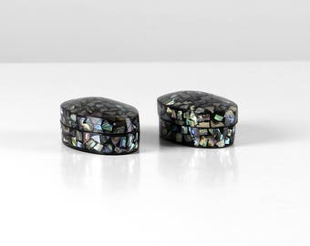 Nacre pill boxes, little pillboxes, jewelry cases set, pillboxes set, nacre decorated chests