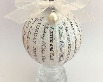 Personalized Wedding Song Lyrics Gift/Wedding invitation Ornament /Wedding Vows Ornament/ First Song Ornament/Personalized Wedding Gift