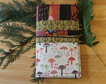 04MUSHROOM PODS - Fabric Traveler's Notebook Cover