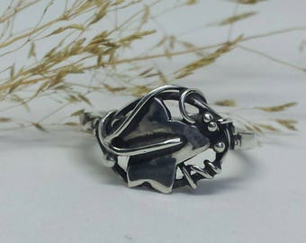Ivy Leaf Ring