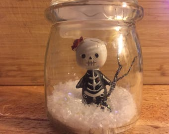 Mini Monster waterless Snow Globe