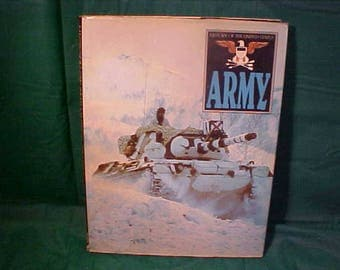 1988 Book  History Of The United States Army HB  Illustrated