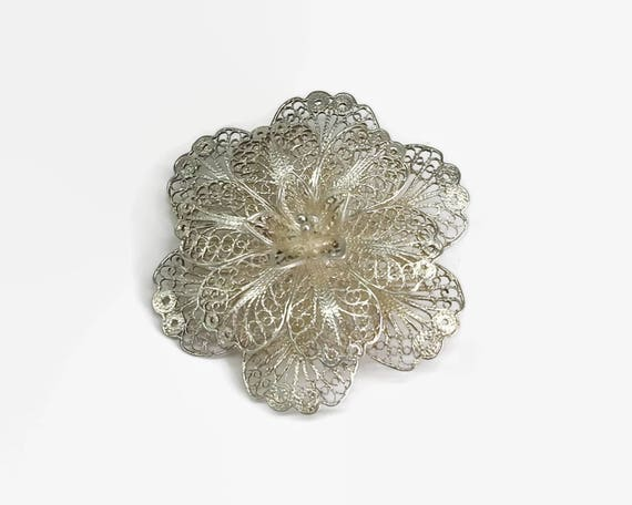Large sterling silver filigree flower brooch with extremely fine wire work, 3 dimensional, 4.5 cm / 1.75 inches across, mid 20th century