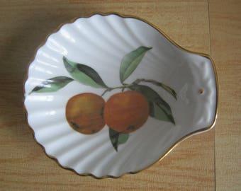 Royal Worcester Evesham Shell Shaped Dish