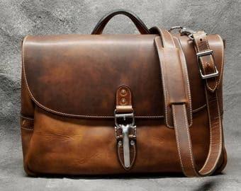 """Soho 16"""" Mailbag, Chestnut Horween Dublin Leather Messenger Bag with Quik-Latch, Shoulder Bag, Vintage Mail Bag"""