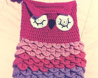Sleepy owl snuggle sack with matching hat, owl baby cocoon set, owl photo prop. nb to 6 months ready to ship, large doll sleep sack handmade