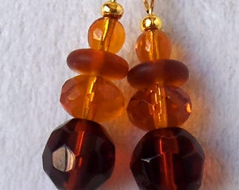 Brown Drop Earrings, Brown Beaded Earrings, Brown Dangle Earrings, Amber Brown Earrings, Long Brown Earrings, Fall Earrings, Autumn Earrings