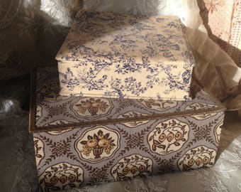 Beautiful pair of antique french decorative textile fabric boudoir boxes~ sewing boxes