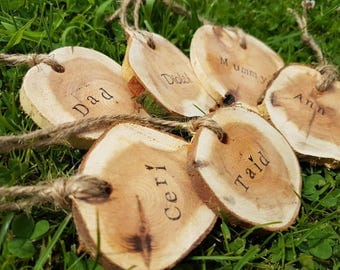 Wooden slice/tree wedding favours personalised/table settings /place names / twine /rustic