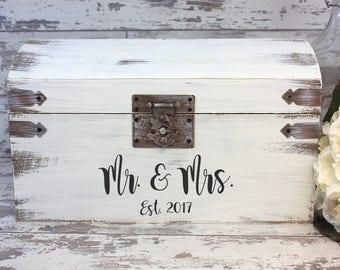 Wedding Card Box, Money Box, Mr. & Mrs. Wedding Card Box, Rustic Wedding, Rustic Card Box, Rustic Wedding Decor, Wedding Card Holder