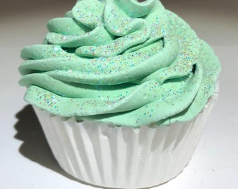Peppermint Cupcake Bath Bomb