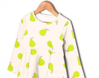 Pear Apple Green Colors Pattern 40s Cotton Interlock Knit Fabric (Light Pink Background)