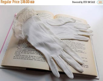 50s Sheer Embroidered Trim Formal Gloves New Old Stock Size S - M