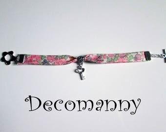 Bracelet Liberty Betsy Ann rose et breloque clé