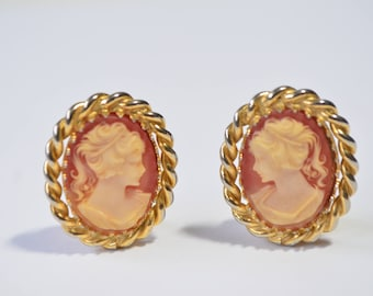 Vintage Art Deco Gold Plated Resin Cameo Clip On Earrings