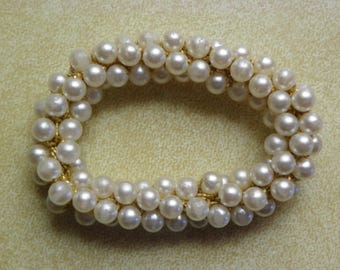 Vintage • Retro Faux Pearl Stretchy Bracelet | Gold Tone Fake Stretch Jewelry | Made in USA