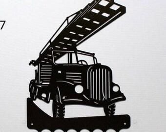 Hangs 26 cm pattern metal keys: fire truck