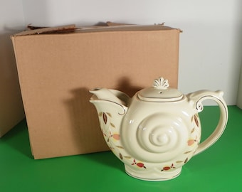 Hall China Jewel Tea Autumn Leaf NAUTILUS Teapot with Lid 4-cup with Original Box
