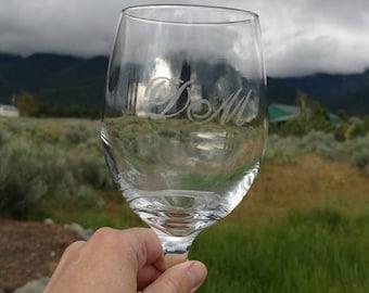 Custom Engraved Wine Glasses