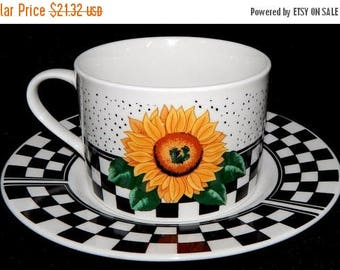 ON SALE Tabletops Unlimited SUNNY Set of 4, Cup and Saucer Sets, Sunflowers, Black & White Checks on Border Excellent Condition