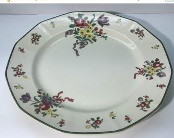 ON SALE Royal Doulton, OLD Leeds Spray, D3548, Dinner Plate, 10 and one 8th inch, in diameter, Excellent Condition, a 32.00 dollar value