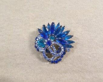 JULIANA Vintage Silver Tone Layered Blue Green AB Rhinestone Brooch DL# 4678