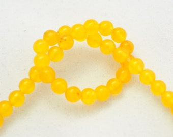 10 lemon yellow agate 4mm round and smooth beads